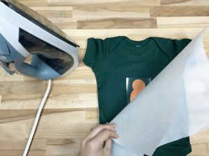 how to iron on EasyWeed Electric heat transfer vinyl