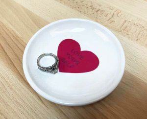 DIY conversation heart ring dish with EasyPSV Permanent and Permanent Glitter