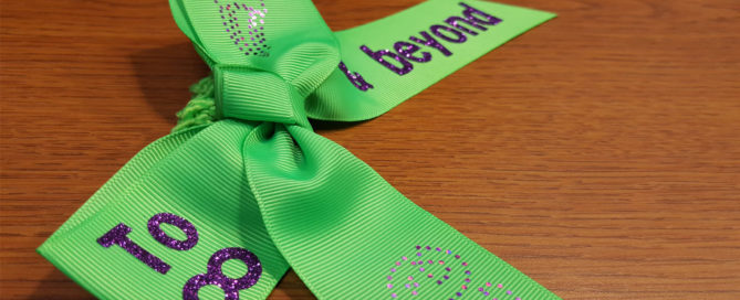 How to Customize a Hair bow