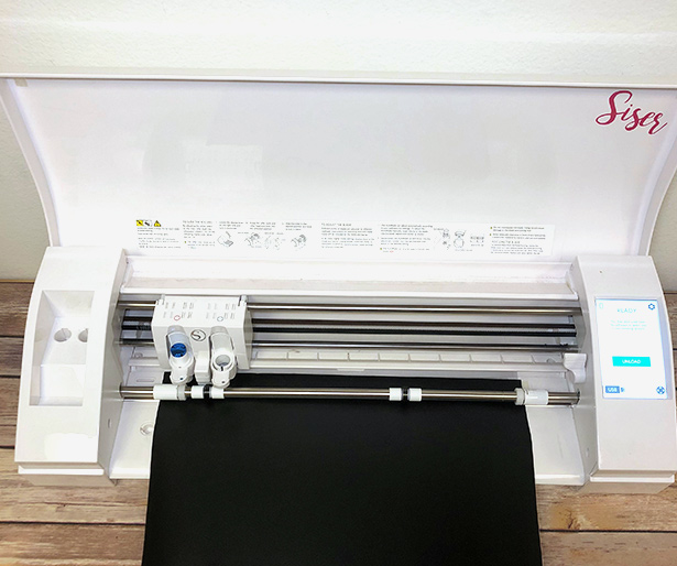 Cutting EasyPSV Removable Chalkboard with the Silhouette Cameo 3