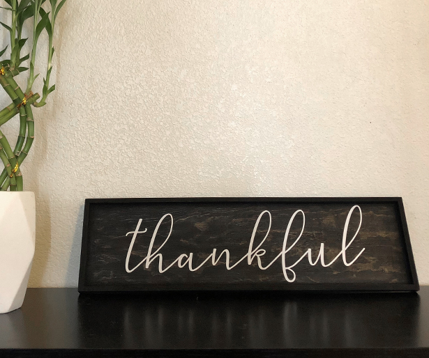 DIY thankful farmhouse style painted wood sign with EasyPSV™ Removable