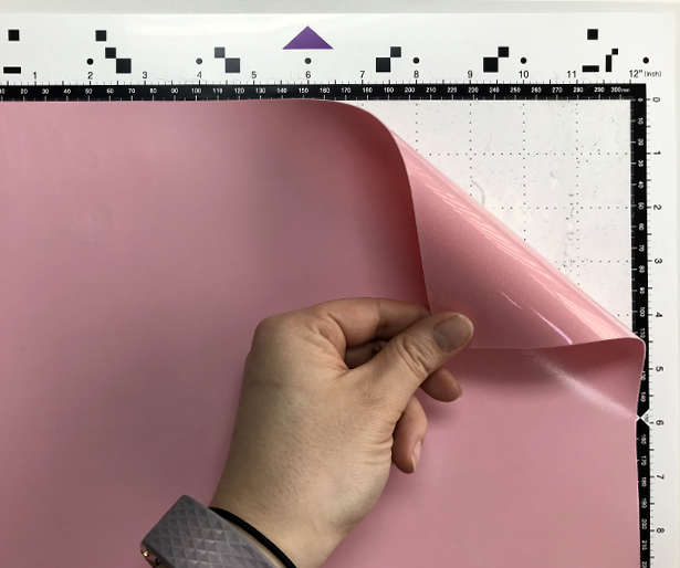 how to place StripFlock Pro on the cutting mat